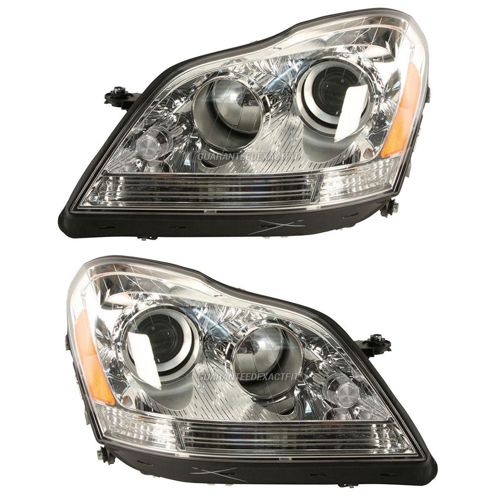 Mercedes Benz GL450 Headlight Assembly Pair