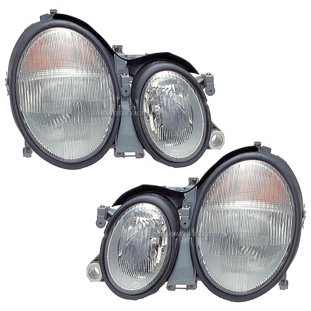 2002 Mercedes Benz CLK320 Headlight Assembly Pair
