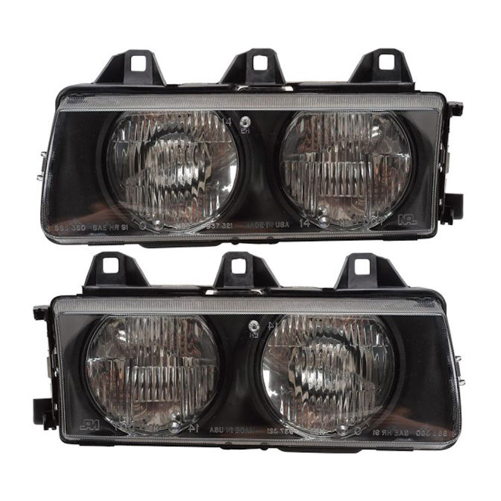 BMW 328i Headlight Assembly Pair