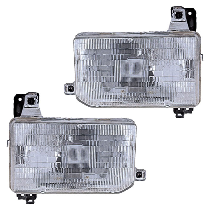 Nissan Pick-Up Truck Headlight Assembly Pair