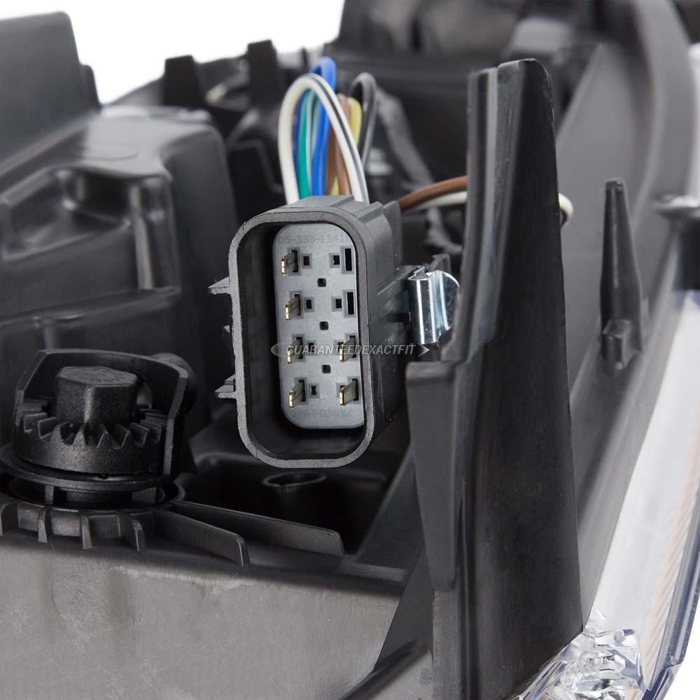 2008 Cadillac Escalade Headlight Assembly Right Passenger