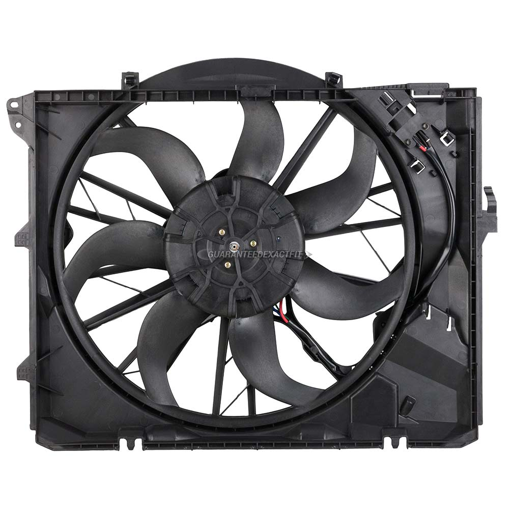 BMW 323i Cooling Fan Assembly