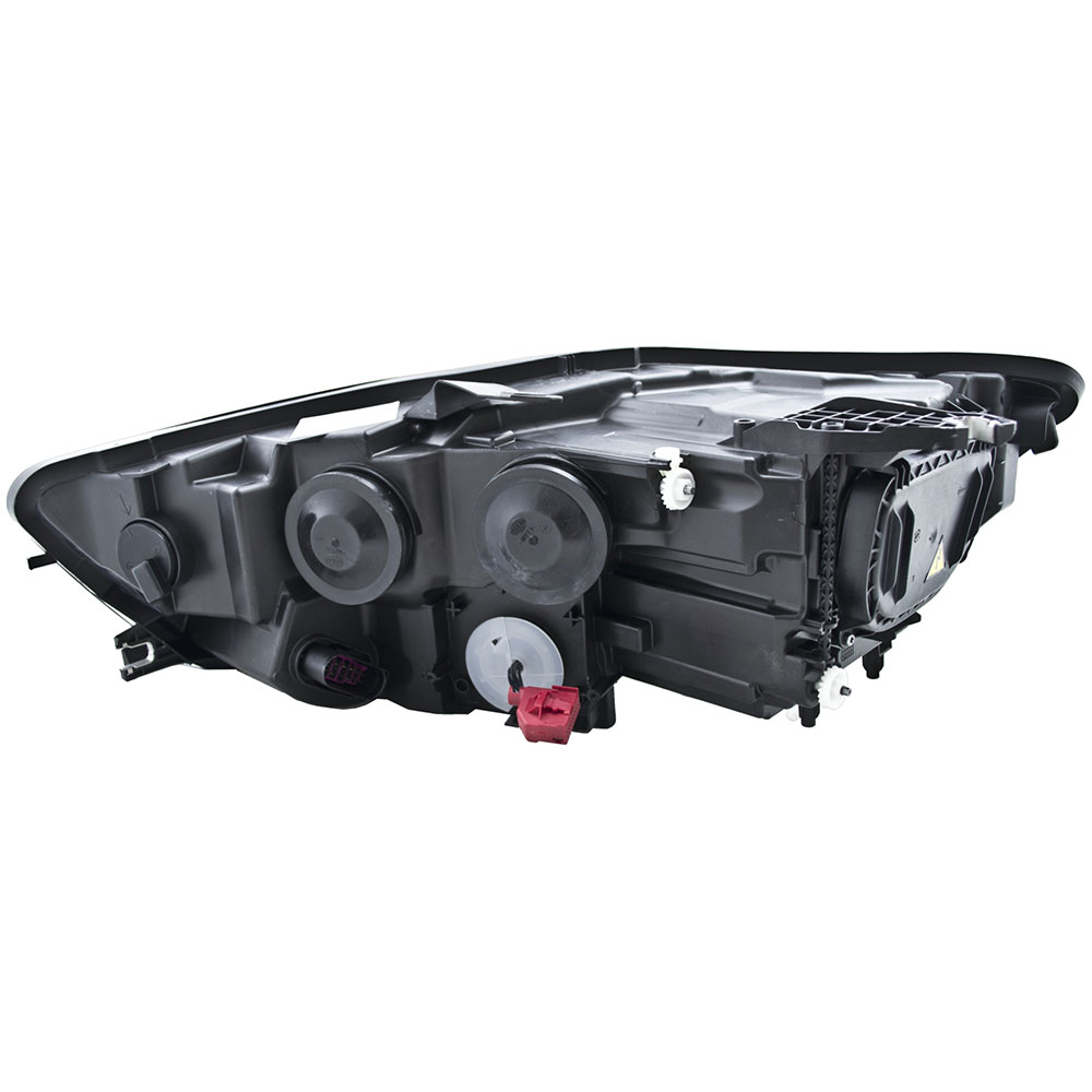 2015 Audi A6 Headlight Assembly Right Passanger Side