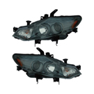 Pair of Headlight Assemblies - Halogen